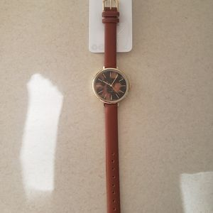 NWT  Leapord Print Watch